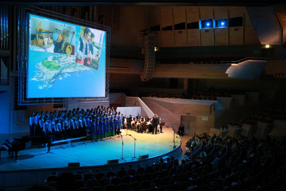 всего этой апреля 11 2016 год дом музыки светлановский зал сотрудники службы